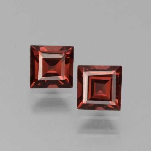 Red Pyrope Garnet Gem - 0.7ct Square Step-Cut (ID: 451175)