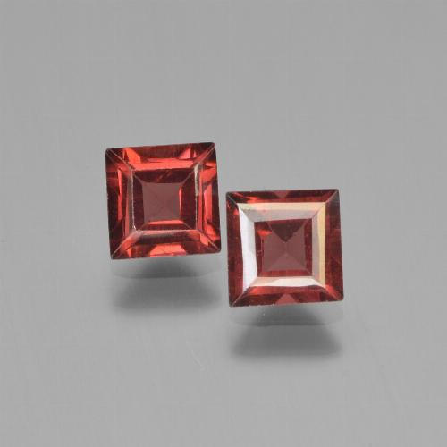 Red Pyrope Garnet Gem - 0.8ct Square Step-Cut (ID: 451182)