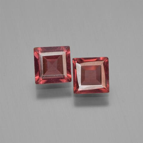 Red Pyrope Garnet Gem - 0.8ct Square Step-Cut (ID: 451183)