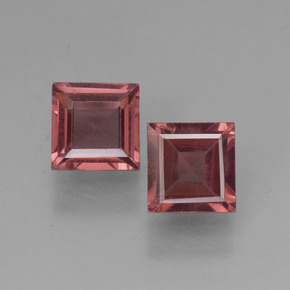 Red Pyrope Garnet Gem - 0.7ct Square Step-Cut (ID: 451194)