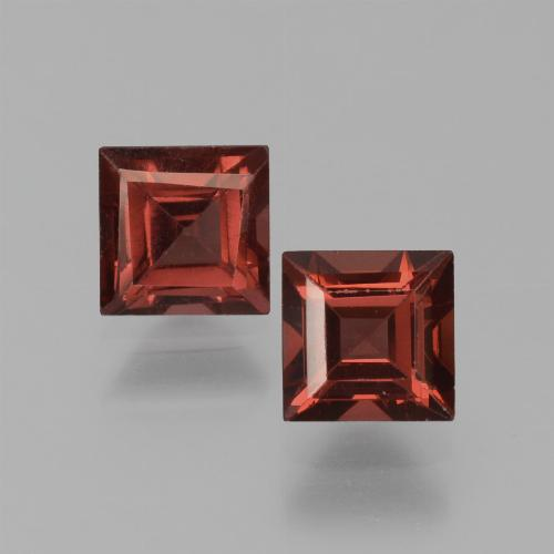 Red Pyrope Garnet Gem - 0.9ct Square Step-Cut (ID: 451203)