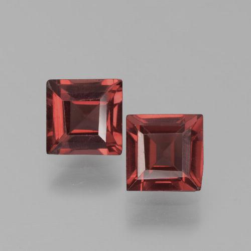 Deep Scarlet Red Pyrope Garnet Gem - 0.7ct Square Step-Cut (ID: 451205)