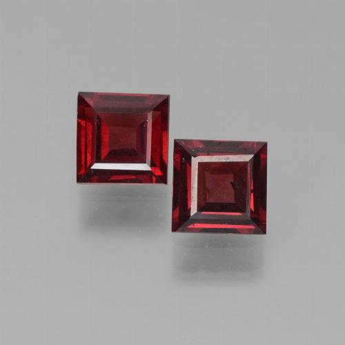 Red Pyrope Garnet Gem - 0.7ct Square Step-Cut (ID: 451238)
