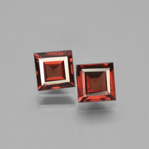 Deep Red Pyrope Garnet Gem - 0.9ct Square Step-Cut (ID: 451268)