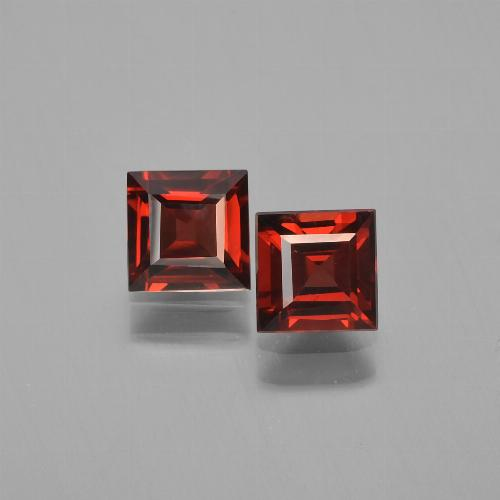 Dark Red Pyrope Garnet Gem - 0.7ct Square Step-Cut (ID: 451275)