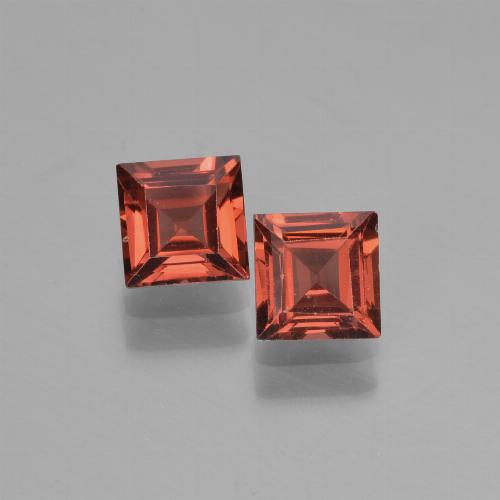 Scarlet Red Pyrope Garnet Gem - 0.8ct Square Step-Cut (ID: 451297)