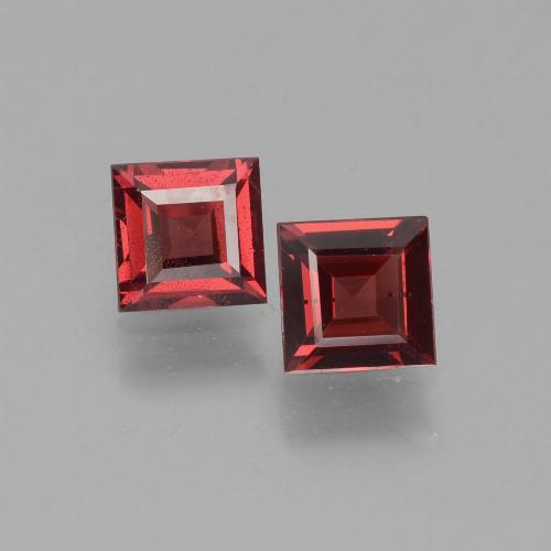 Deep Red Pyrope Garnet Gem - 0.7ct Square Step-Cut (ID: 451302)