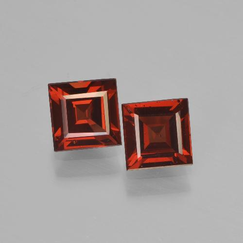 Red Pyrope Garnet Gem - 0.8ct Square Step-Cut (ID: 451315)