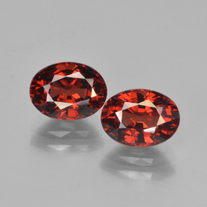 Deep Red Pyrope Garnet Gem - 1.9ct Oval Facet (ID: 451737)