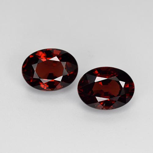 Dark Red Pyrope Garnet Gem - 1.7ct Oval Facet (ID: 451755)