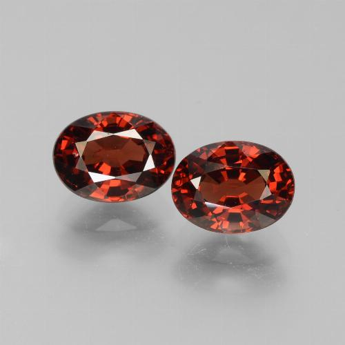 Red Pyrope Garnet Gem - 1.8ct Oval Facet (ID: 451788)