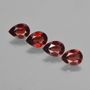 0.8ct Corte en forma de pera Deep Blood Red Granate Piropo Gema (ID: 452999)
