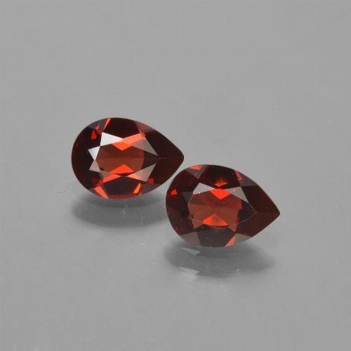 Red Pyrope Garnet Gem - 0.8ct Pear Facet (ID: 453158)