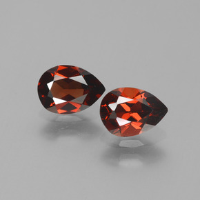 Red Pyrope Garnet Gem - 0.9ct Pear Facet (ID: 453388)