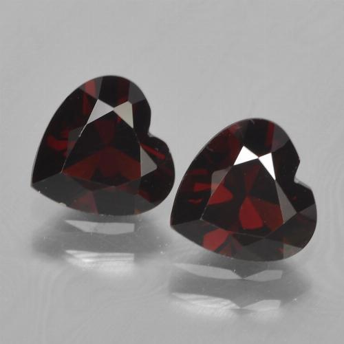Deep Red Pyrope Garnet Gem - 0.9ct Heart Facet (ID: 456130)