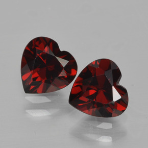 Dark Red Pyrope Garnet Gem - 0.9ct Heart Facet (ID: 456449)