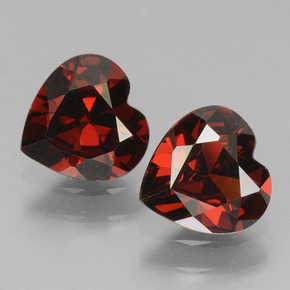 thumb image of 0.8ct Heart Facet Red Pyrope Garnet (ID: 456538)
