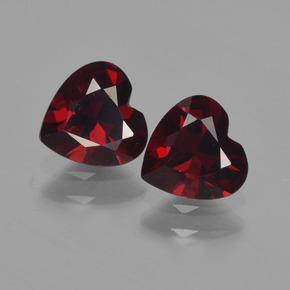 Deep Red Pyrope Garnet Gem - 0.8ct Heart Facet (ID: 456567)