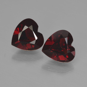 Deep Red Pyrope Garnet Gem - 0.8ct Heart Facet (ID: 456575)