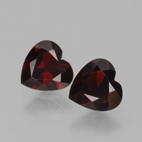Deep Red Pyrope Garnet Gem - 0.8ct Heart Facet (ID: 456618)