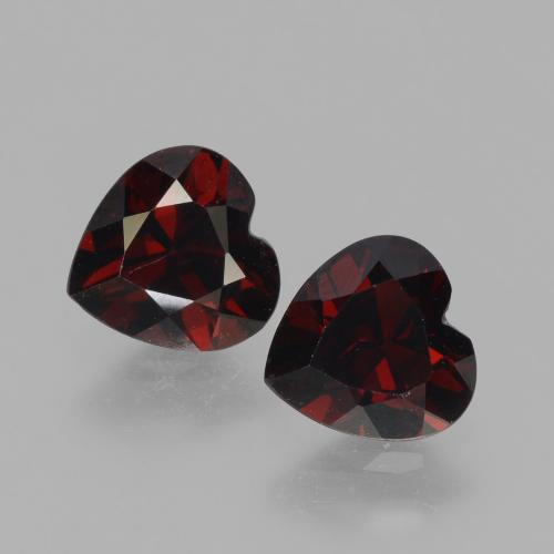 Deep Red Pyrope Garnet Gem - 0.9ct Heart Facet (ID: 456621)