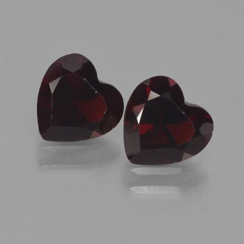 Deep Red Pyrope Garnet Gem - 0.9ct Heart Facet (ID: 456707)