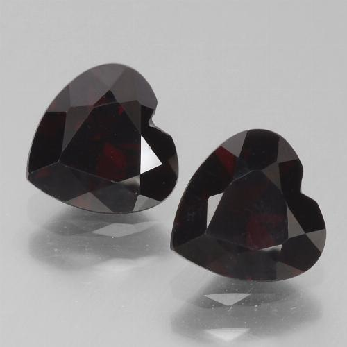 Deep Red Pyrope Garnet Gem - 0.9ct Heart Facet (ID: 456761)