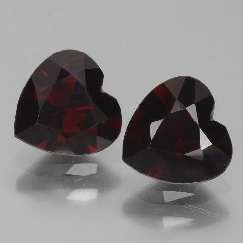 Deep Red Pyrope Garnet Gem - 0.9ct Heart Facet (ID: 456765)