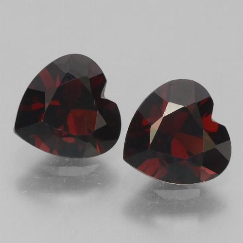 Blackish Red 镁铝榴石 Gem - 0.9ct 心形切面 (ID: 457139)