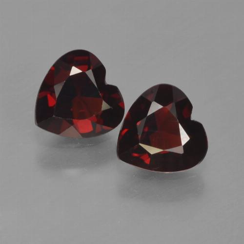 thumb image of 0.8ct Heart Facet Deep Red Pyrope Garnet (ID: 457218)