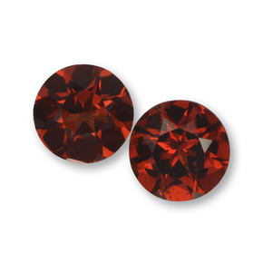thumb image of 2ct Round Facet Red Pyrope Garnet (ID: 457584)