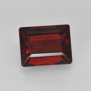 Buy 3.33 ct Red Pyrope Garnet 9.02 mm x 7.1 mm from GemSelect (Product ID: 462121)