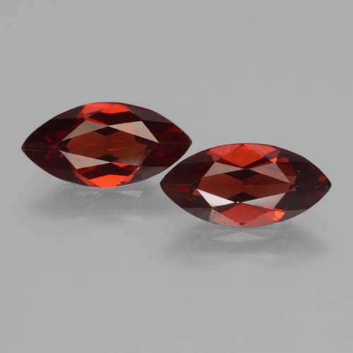 1.8ct Marquise facette Deep Blood Red Grenat Pyrope gemme (ID: 463486)