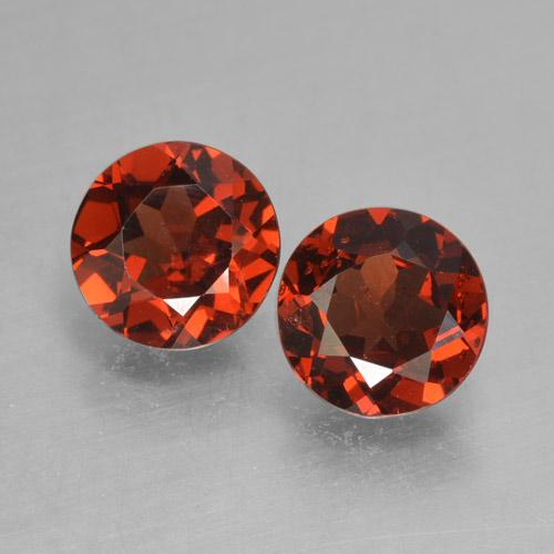 Bright Red Pyrope Garnet Gem - 0.9ct Round Facet (ID: 463997)