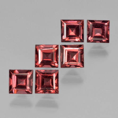 Deep Red Pyrope Garnet Gem - 0.5ct Square Step-Cut (ID: 464337)