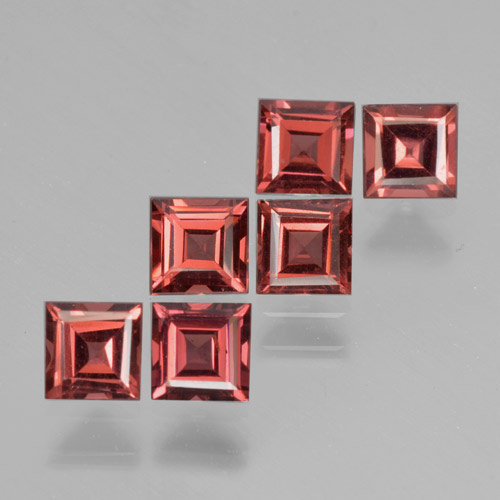 Medium Red Pyrope Garnet Gem - 0.4ct Square Step-Cut (ID: 464342)