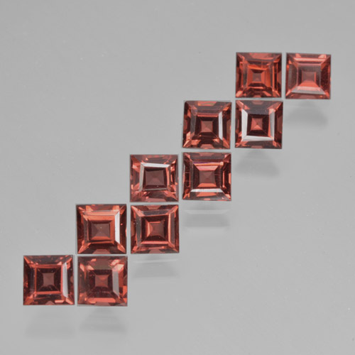Deep Berry Red Pyrope Garnet Gem - 0.4ct Square Step-Cut (ID: 464359)