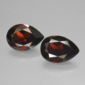Red Pyrope Garnet Gem - 2.4ct Pear Facet (ID: 464990)