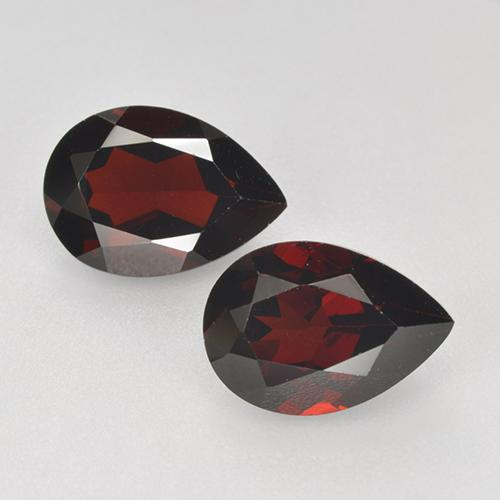 Blackish Red Granate Piropo Gema - 2.4ct Corte en forma de pera (ID: 465068)