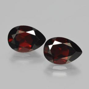 Red Pyrope Garnet Gem - 2.6ct Pear Facet (ID: 465072)