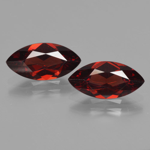 1.8ct Marquise facette Deep Blood Red Grenat Pyrope gemme (ID: 465760)