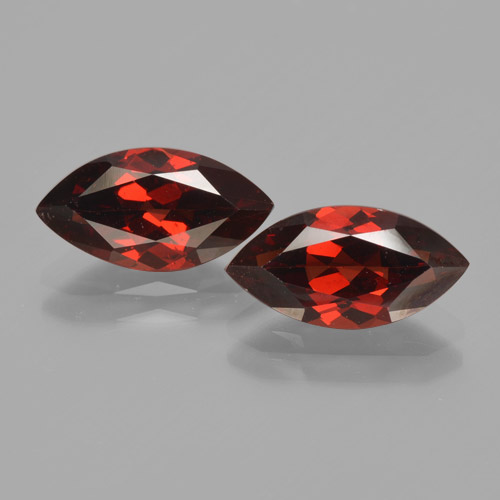 2.2ct Marquise Facet Dark Red Pyrope Garnet Gem (ID: 465848)