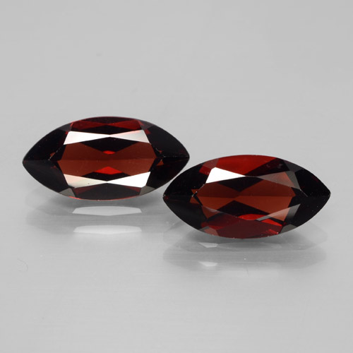 2.2ct Marquise Facet Dark Red Pyrope Garnet Gem (ID: 465916)