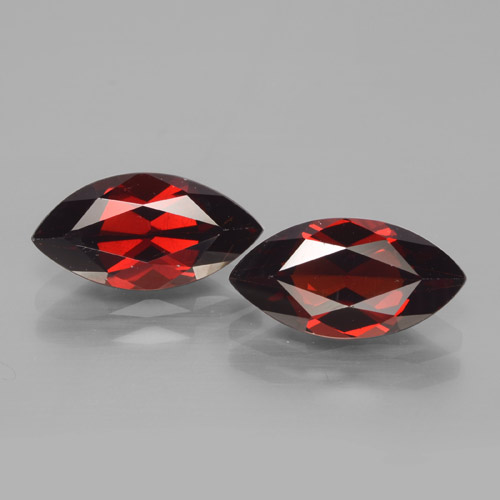 2.2ct Marquise facette Deep Blood Red Grenat Pyrope gemme (ID: 465917)