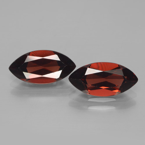 Dark Red Pyrope Garnet Gem - 2.1ct Marquise Facet (ID: 465925)