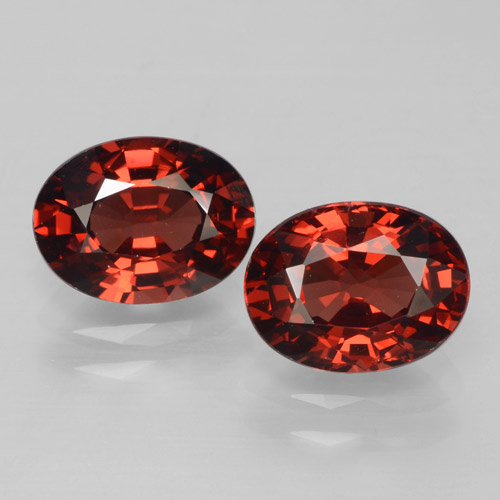 Red Pyrope Garnet Gem - 1.7ct Oval Facet (ID: 465991)
