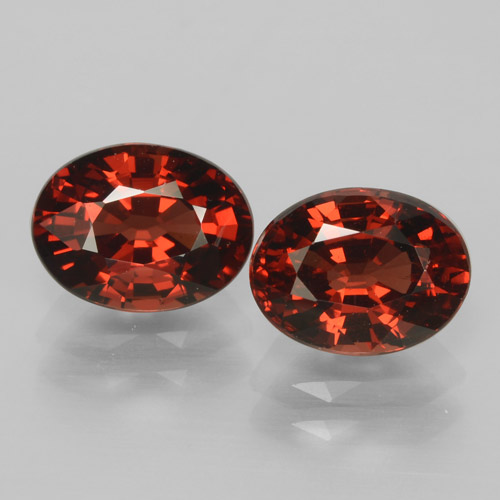 Red Pyrope Garnet Gem - 1.7ct Oval Facet (ID: 465997)