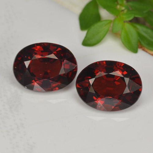 Dark Red Pyrope Garnet Gem - 1.6ct Oval Facet (ID: 466022)