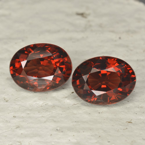 Red Pyrope Garnet Gem - 1.6ct Oval Facet (ID: 466031)
