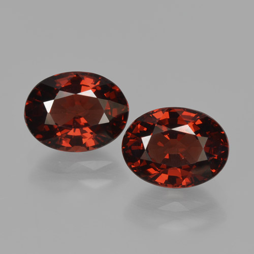 Red Pyrope Garnet Gem - 1.7ct Oval Facet (ID: 466061)